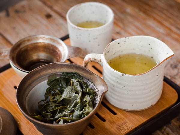 How to make oolong tea gong fu brewing style